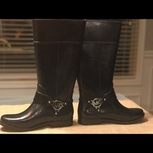 Michael Kors Black Patent Leather Rainboot- Size 9